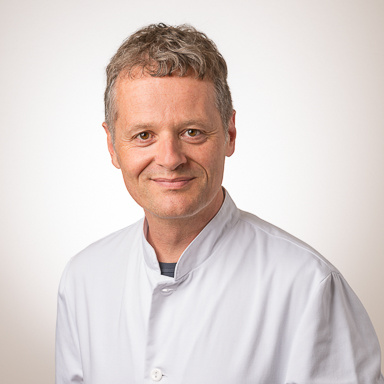 Dr Léopold Schlüter