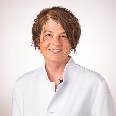 Dr Carine Clement