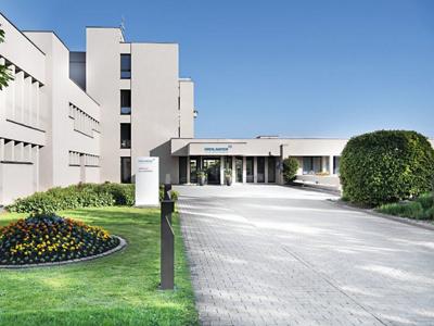 Aussenansicht der Klinik Am Rosenberg in Heiden.