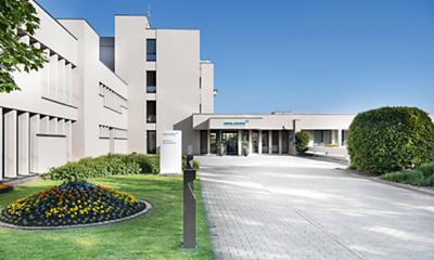 klinik-am-rosenberg-klinik-eingang.jpg